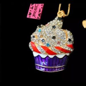 Betsey Johnson cupcake necklace